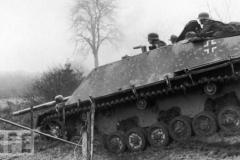 3rd_reich_pzjgr4_jagdpanzer_iv_l70__v__by_panzerbob-d73yhx3